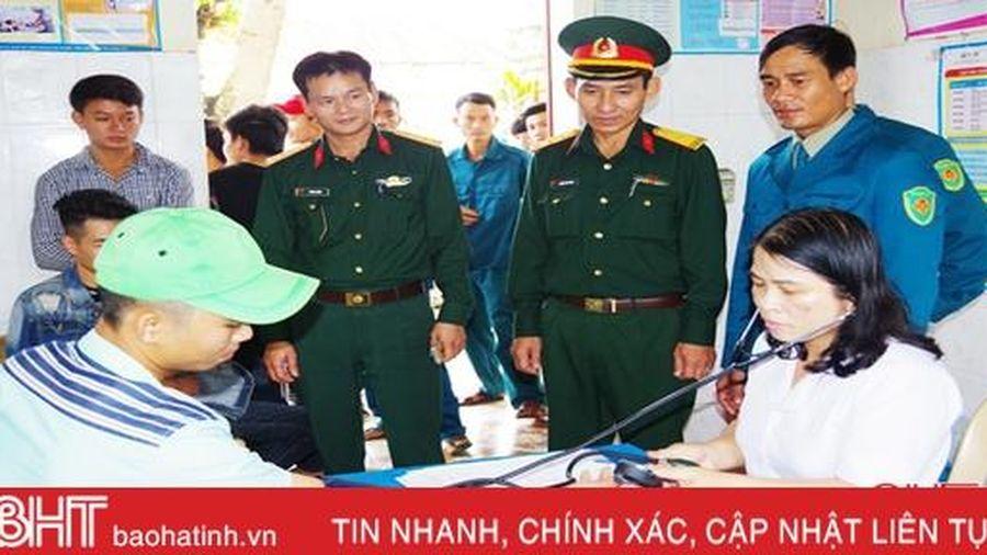 Tăng số lượng công dân Hà Tĩnh nhập ngũ có trình độ đại học, cao đẳng