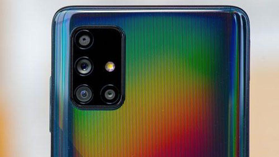 Samsung Galaxy A71 giảm giá 'sập sàn' tại Việt Nam