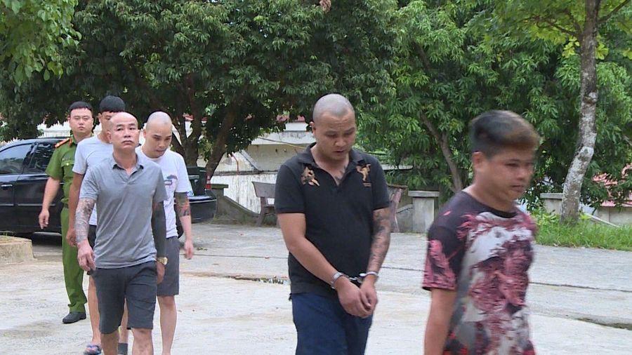 Thanh Hóa: Bắt quả tang 24 nam thanh, nữ tú sử dụng ma túy 'bay lắc' tại phố núi