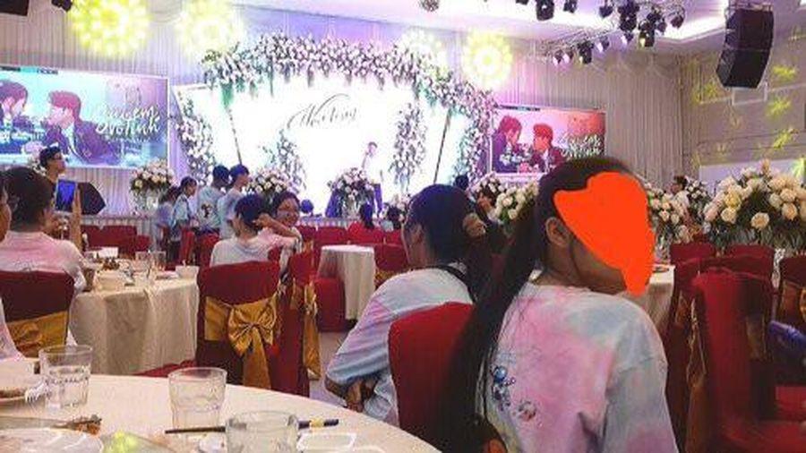 Gala tổng kết năm học sang chảnh như tiệc cưới, dân mạng để lại bình luận thích thú