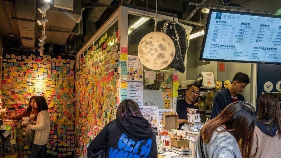 Hong Kong: Các 'cửa hàng màu vàng' tìm cách né luật an ninh