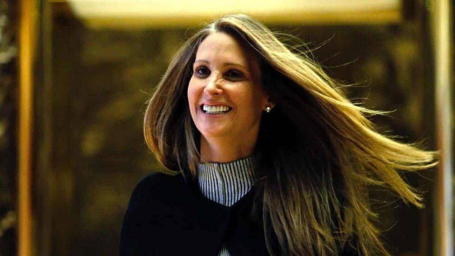 Cựu trợ lý đệ nhất phu nhân Mỹ phát hành sách 'bom tấn' về bà Melania