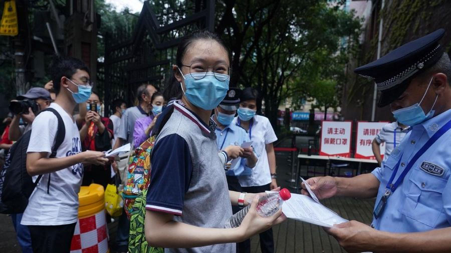 50.000 thí sinh Thượng Hải bước vào kỳ thi ĐH