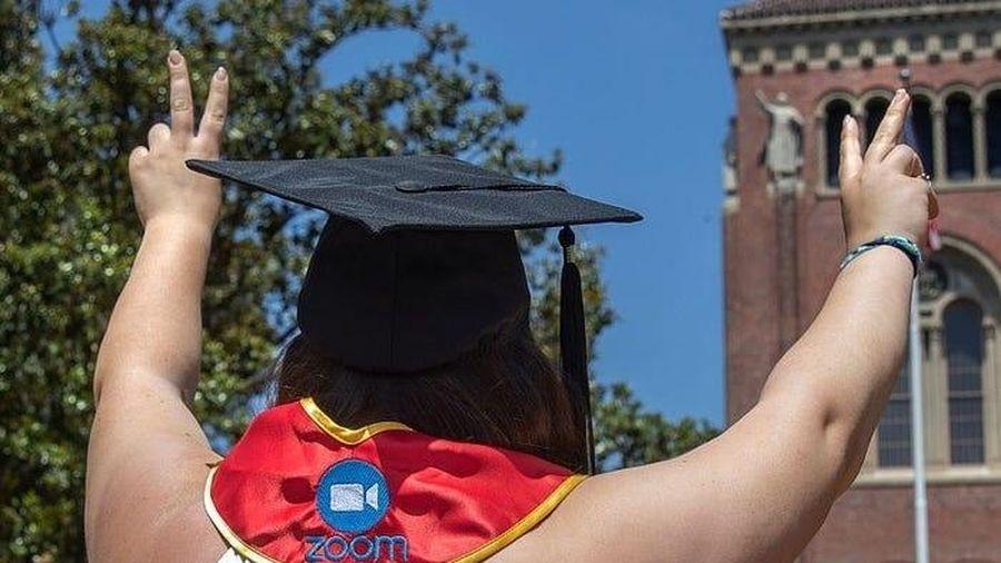 Dịch Covid-19: Du học sinh tại Mỹ buộc phải về nước nếu học online 100% vào mùa thu tới