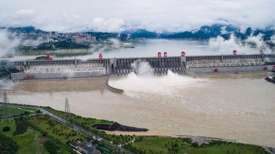 Việt Nam thăm hỏi Trung Quốc về tình hình lũ lụt