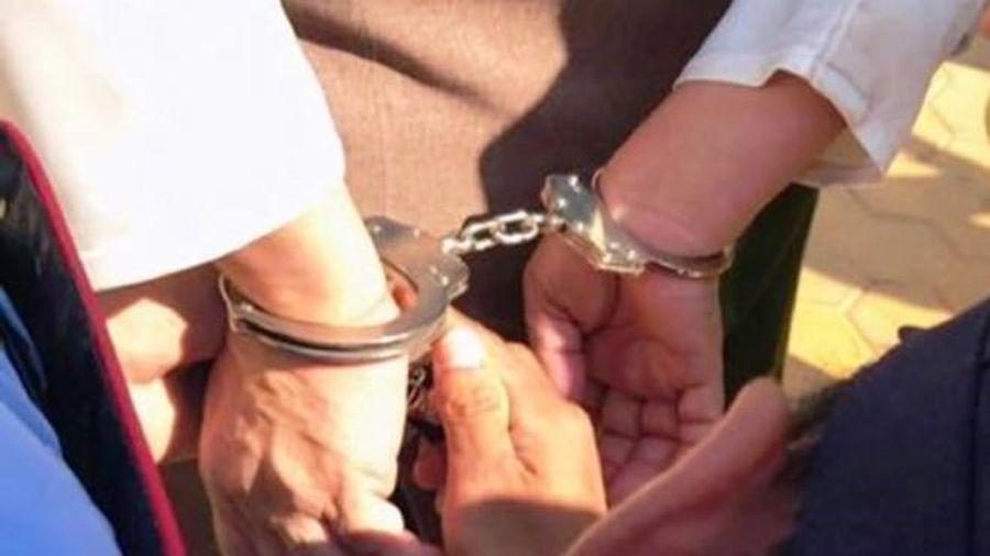 Cựu Phó phòng Viện kiểm sát bị bắt để điều tra về hành vi lừa đảo