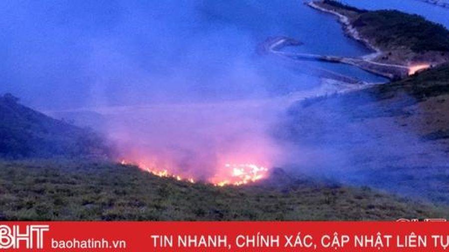 Tăng cường tuần tra, phát hiện sớm, kịp thời ứng phó với cháy rừng