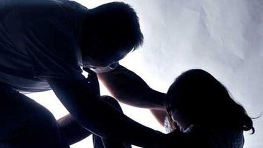 Điều tra vụ bé gái say bia bị hiếp dâm tập thể