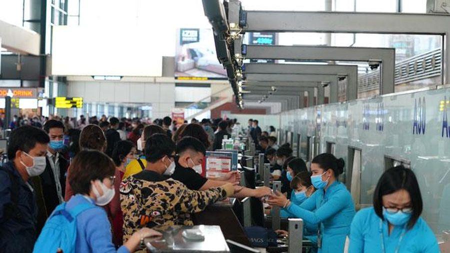 Không được hủy chuyến, dồn chuyến, đổi giờ bay vì lý do chủ quan