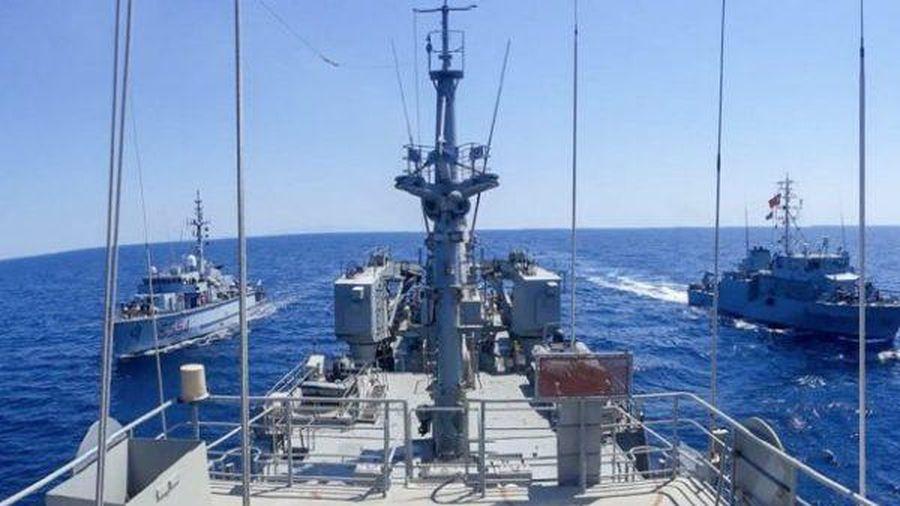 Nga đang theo sát 3 tàu quân sự của NATO đi vào Biển Đen