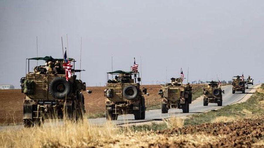 Mỹ: Đảng Dân chủ muốn chặn nguồn tài trợ cho việc kiểm soát mỏ dầu ở Iraq và Syria