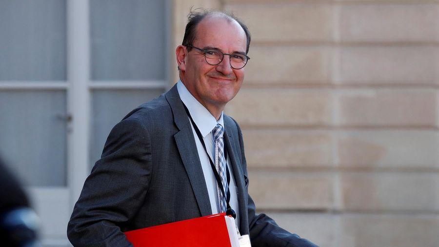 Pháp cam kết dành 7,5 tỷ euro để hỗ trợ nhân viên y tế