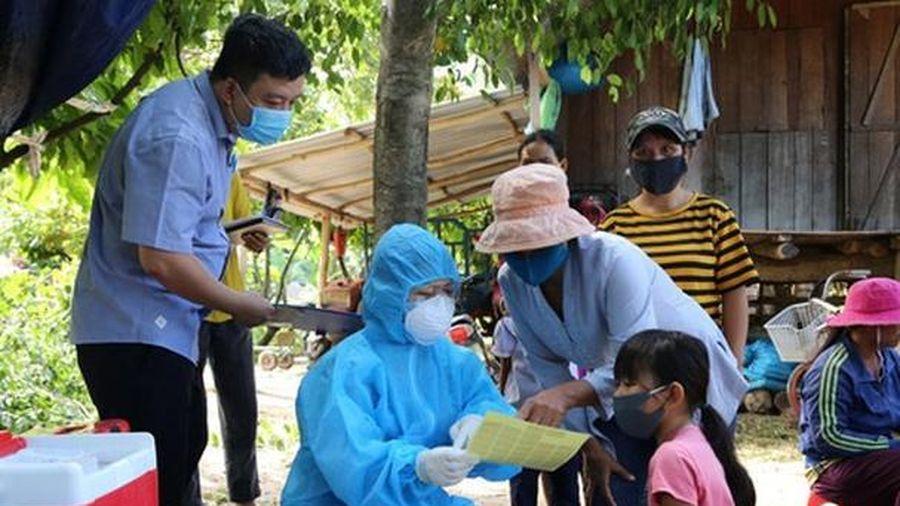 Ngăn chặn dịch bạch hầu: Hơn 10 triệu liều vắc xin tiêm chủng cho 4,7 triệu người dân