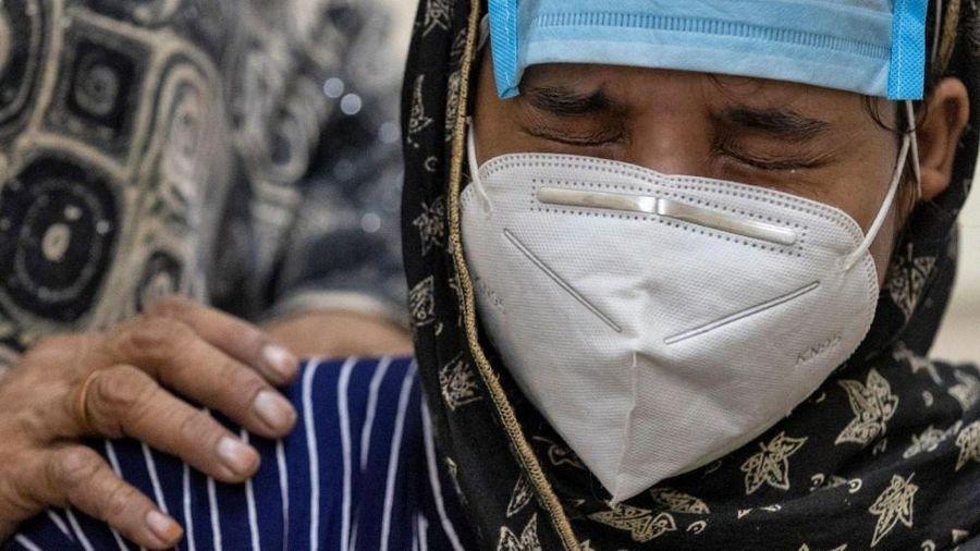 Ca nhiễm Covid-19 toàn cầu vượt mốc 12 triệu giữa lúc Mỹ rút khỏi WHO