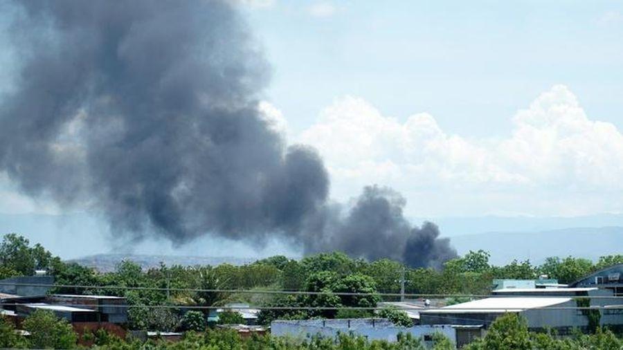 Cháy khu tiếp xăng sân bay quân sự Thành Sơn