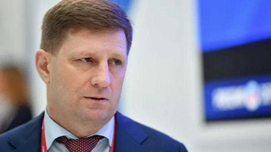 Đặc vụ trùm đầu Nga đột kích bắt thống đốc bị tố ám sát doanh nhân