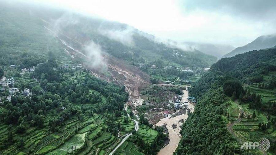 Lở đất khiến hàng loạt người thiệt mạng ở Trung Quốc
