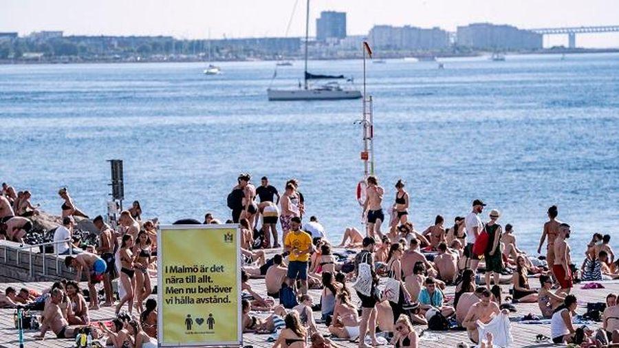 5.500 người chết vì Covid-19, Thụy Điển đưa ra khuyến nghị mới
