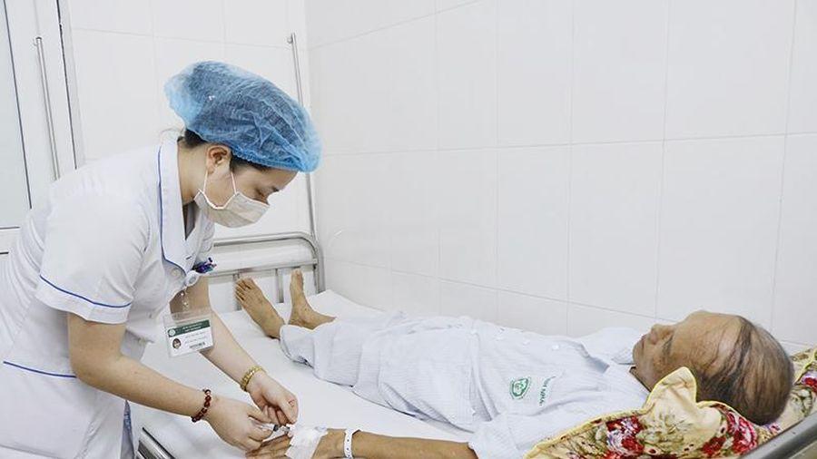 Cứu sống bệnh nhân mắc ung thư amidan nhờ kỹ thuật thay van động mạch chủ