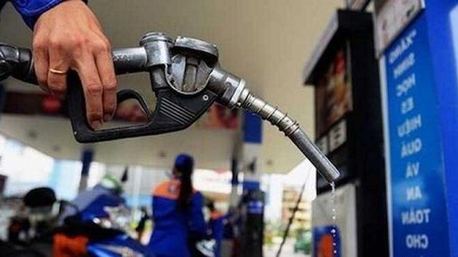 Giá xăng dầu hôm nay 9/7: Tiếp tục giảm