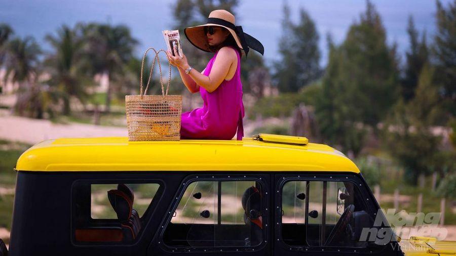Ảo diệu những chuyến xe U-oát rực vàng trên cung đường thơ mộng