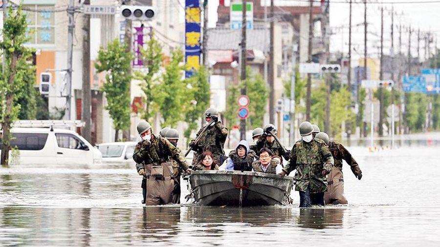 Nhật Bản cảnh báo khẩn về mưa lũ
