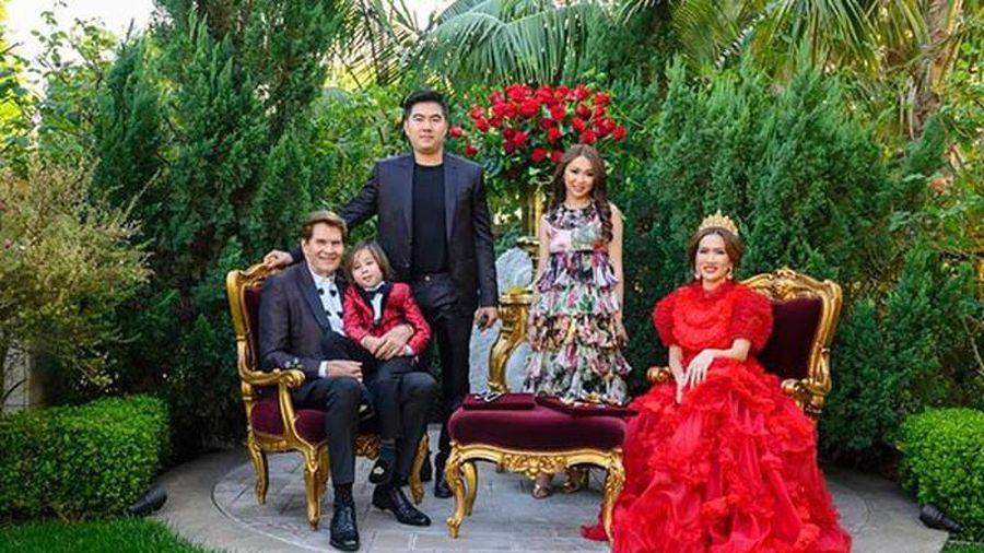 Nữ tỷ phú Việt kiều kỷ niệm ngày cưới như cổ tích là ai?