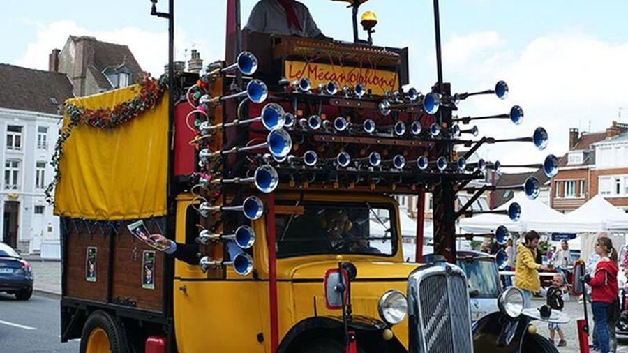 Xe tải Citroen Le Mecanophone kiêm nhạc cụ quái nhất thế giới