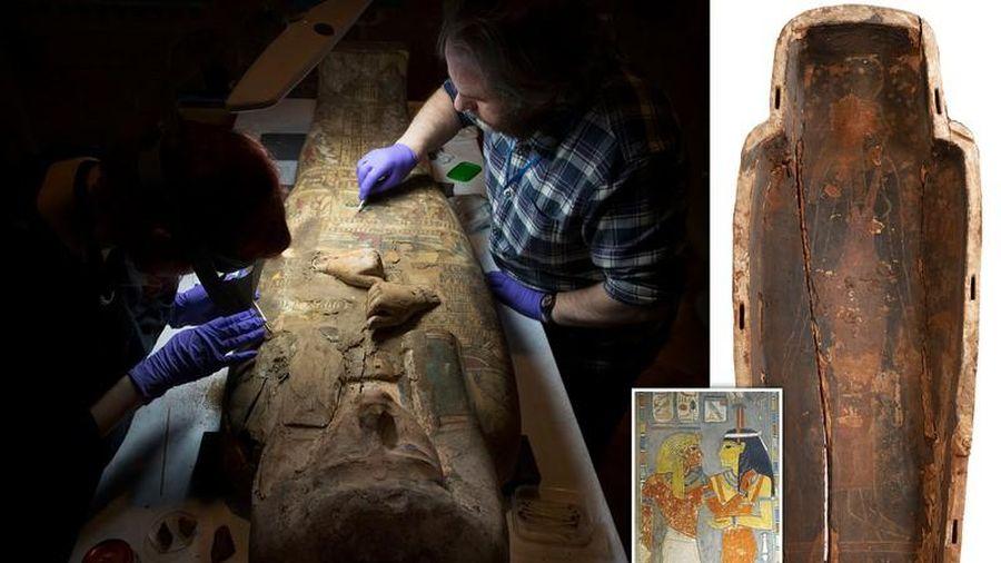 Bật nắp quan tài công chúa Ai Cập, phát hiện điều lạ lùng