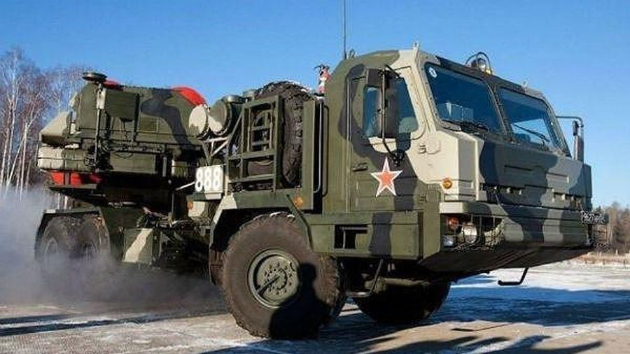 Quân đội Nga sẽ nhận hệ thống 'không đối thủ', 'tấn công cùng lúc 10 tên lửa siêu thanh'