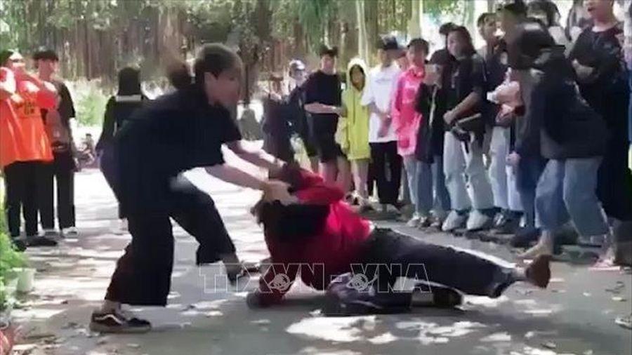 Công an vào cuộc vụ nữ sinh 16 tuổi bị đánh vô cớ