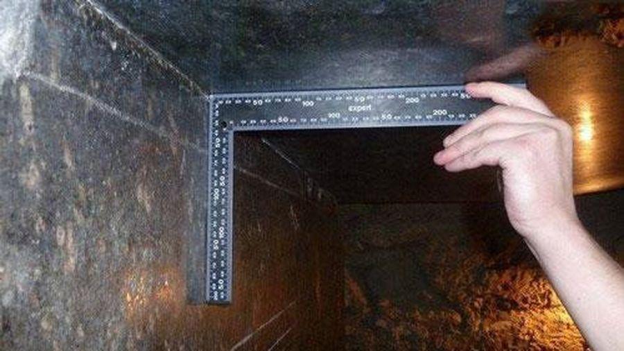 Bí ẩn mê cung cổ đại với những hộp đá vuông hình sắc cạnh khổng lồ nặng hàng trăm tấn khiến các nhà nghiên cứu bối rối