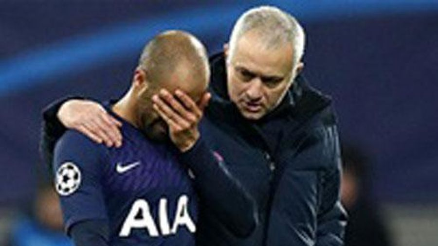 Tottenham của Mourinho gặp rất nhiều khó khăn trong 5 vòng đấu còn lại