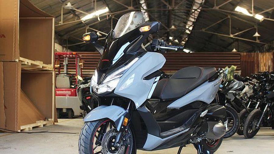 Honda Forza 300 về Việt Nam có giá từ 345 triệu đồng