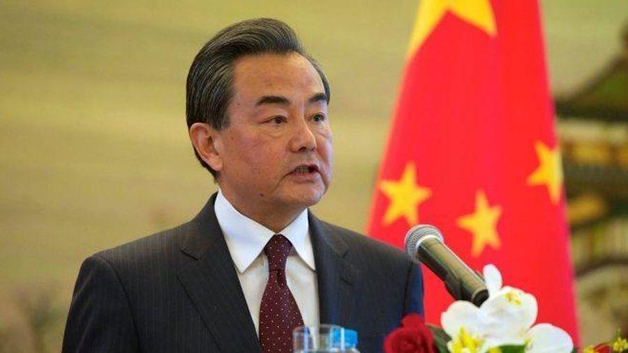 Ngoại trưởng Trung Quốc xuống giọng kêu gọi hòa giải với Mỹ