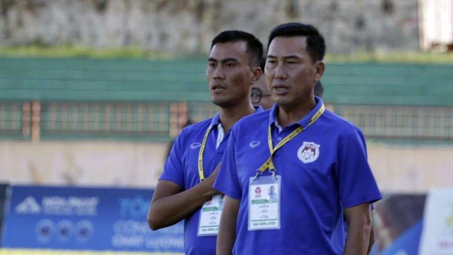 BLV Quang Huy: HLV Hứa Hiền Vinh có thể bị cấm làm nhiệm vụ 5 trận