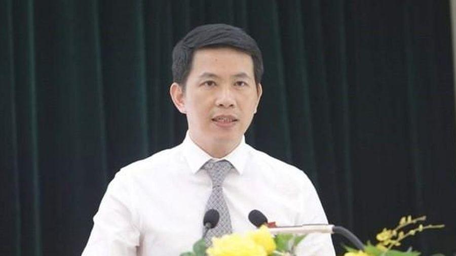 Ông Phạm Tuấn Long làm Chủ tịch quận Hoàn Kiếm