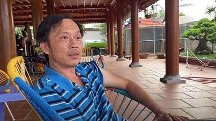 'Rời xa' hào quang showbiz, NS Hoài Linh 'mát mát thì ra cắt cỏ, nắng quá thì vô nghỉ'
