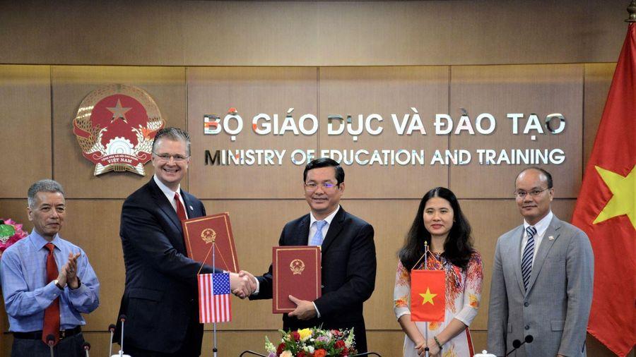 Mỹ tiếp tục đưa tình nguyện viên giảng dạy ở các trường trung học ở Việt Nam
