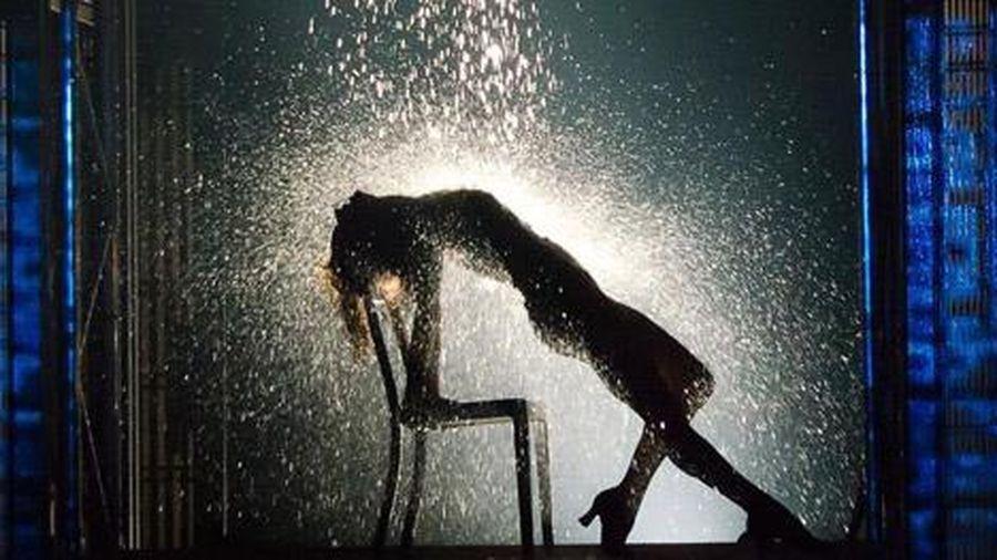 10 vũ điệu gây tranh cãi nhất trên màn ảnh