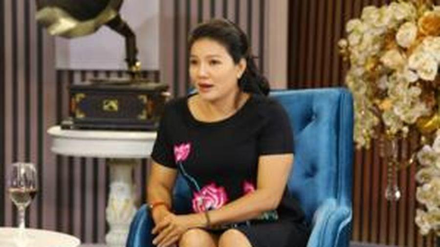Sinh con với 3 người khác nhau, 'Nữ hoàng cảnh nóng' Kiều Trinh 'vạch trần' thói xấu của đàn ông Việt, mong muốn bình yên đến cuối đời