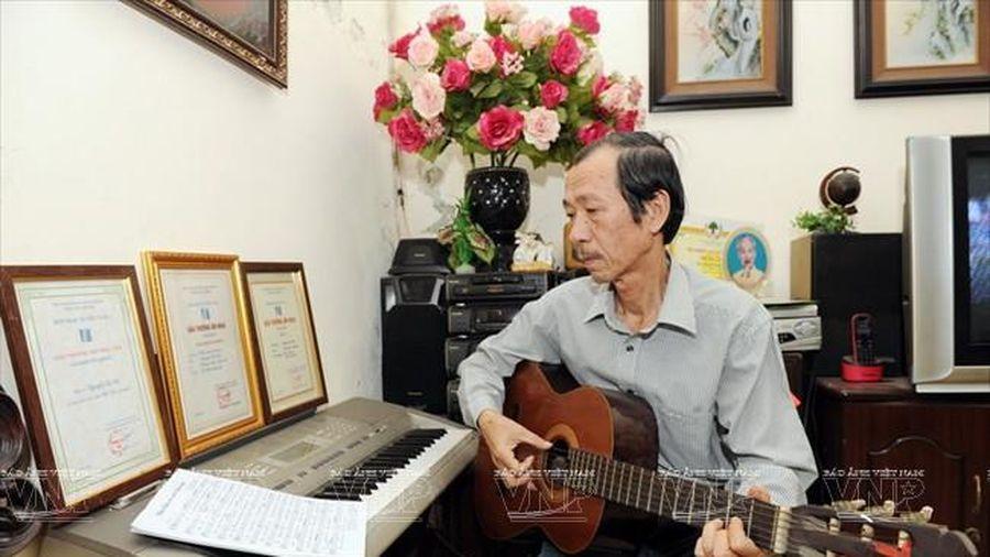 Nhạc sĩ Hà Hải - tác giả ca khúc thiếu nhi 'Cá vàng bơi' qua đời