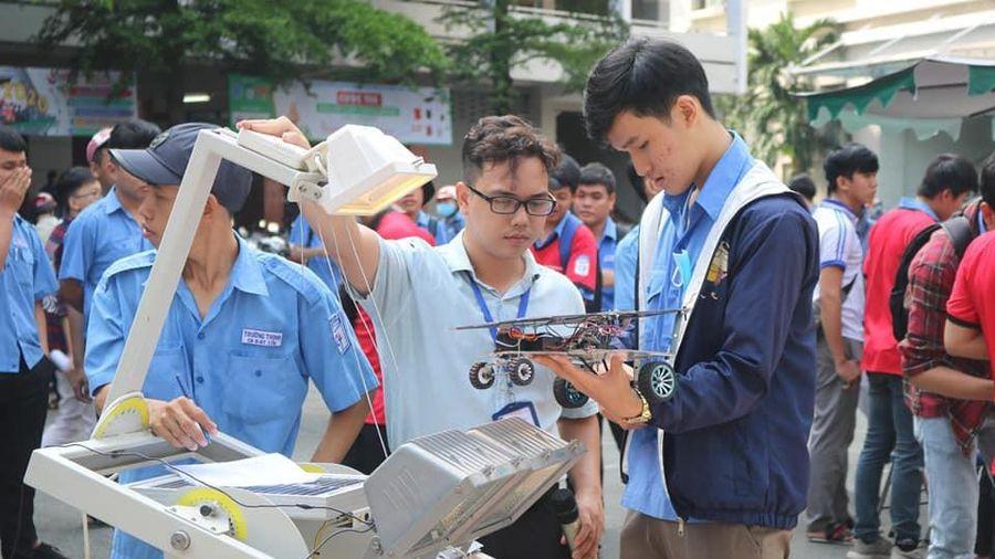 Sôi động cuộc thi 'Solar Car Challenge lần 3 năm 2020'