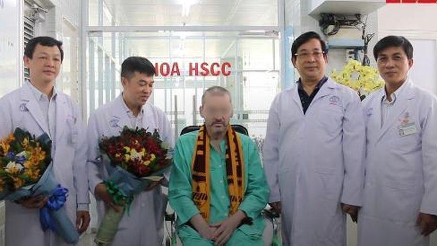 Bệnh nhân 91 bắt đầu hồi hương, nói 'cảm ơn Việt Nam'