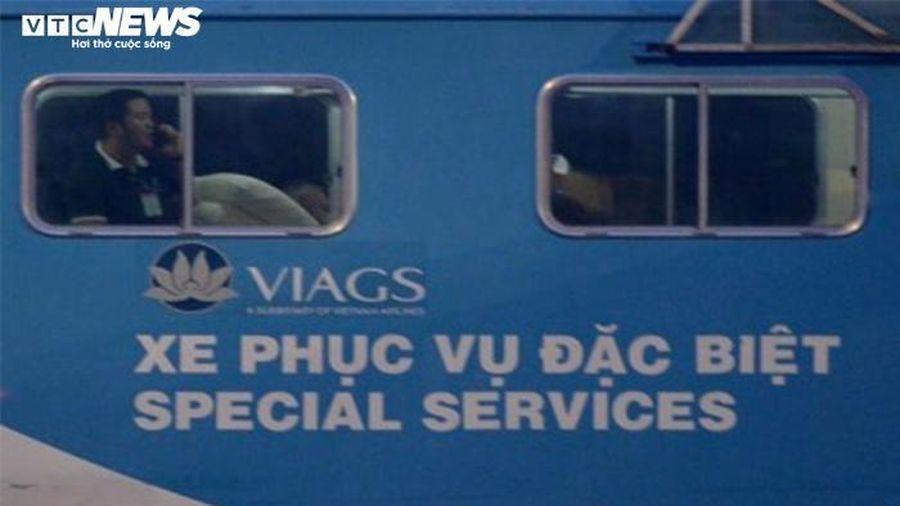 Hình ảnh chuyến bay chở phi công người Anh từ TP.HCM đi Hà Nội