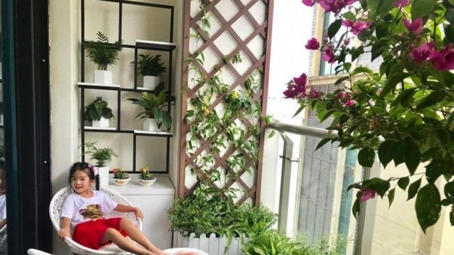 Khám phá chung cư sang chảnh, ngập hoa tươi của siêu mẫu Xuân Lan