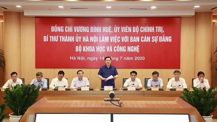 Bí thư Thành ủy Hà Nội Vương Đình Huệ: Đưa Hà Nội trở thành trung tâm khoa học lớn của cả nước