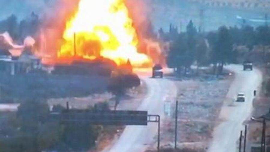Xe thiết giáp Nga bị phá hủy sau cuộc tấn công tại Syria