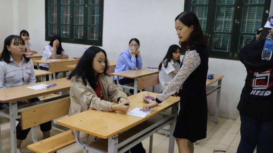 Đáp án đề thi Toán vào lớp 10 Chuyên Sư phạm Hà Nội 2020