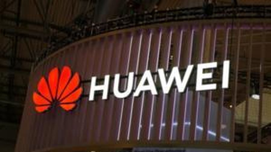 Doanh thu của Huawei vẫn tăng mạnh bất chấp khó khăn bủa vây